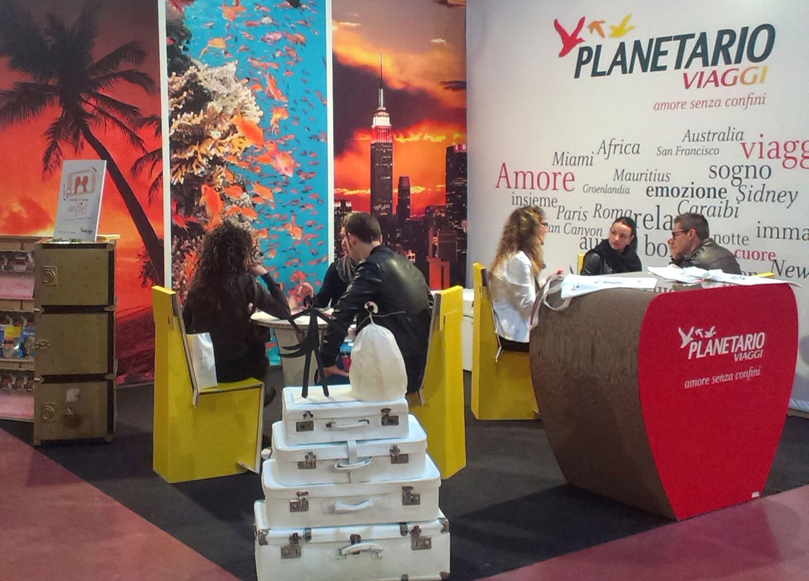 PLANETARIO-stand2